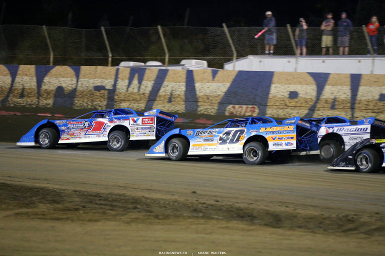 Brandon Sheppard, Kyle Bronson and Josh Richards threads the needle at East Bay Raceway Park 8748