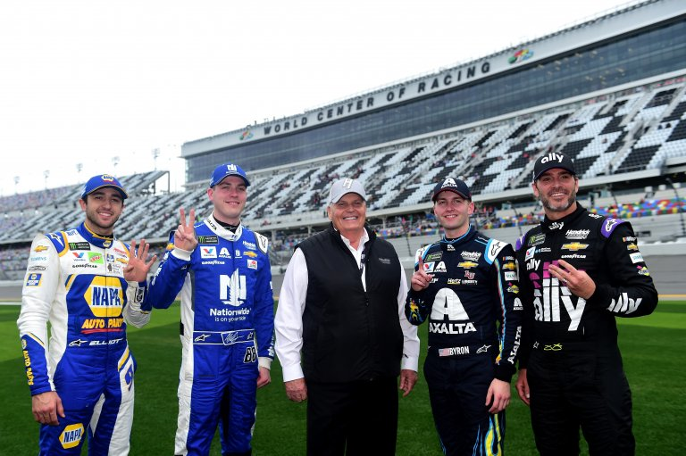 Chase Elliott, Alex Bowman, Rick Hendrick, William Byron and Jimmie Johnson - Daytona 500 qualifying at Daytona International Speedway