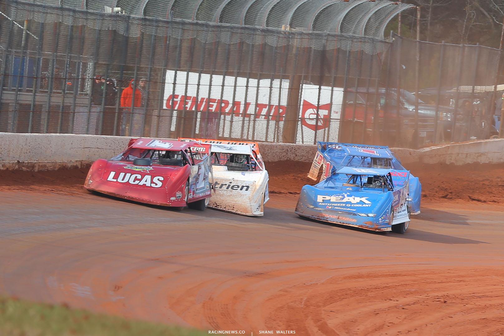Earl Pearson Jr, Jonathan Davenport and Josh Richards at Golden Isles Speedway - LOLMDS Speedweeks 6207