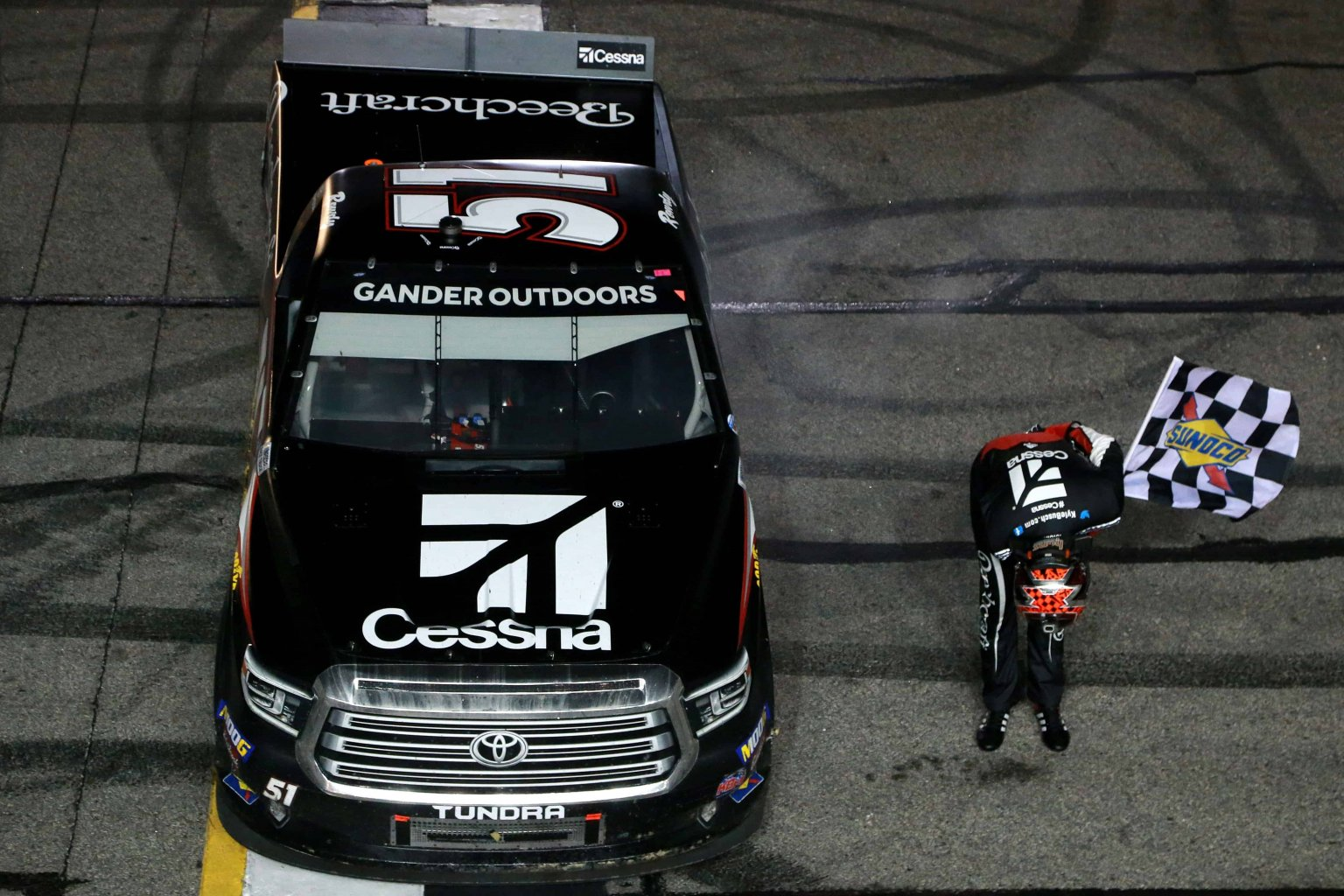 $100,000 bounty on Kyle Busch created by Kevin Harvick in NASCAR Truck Series