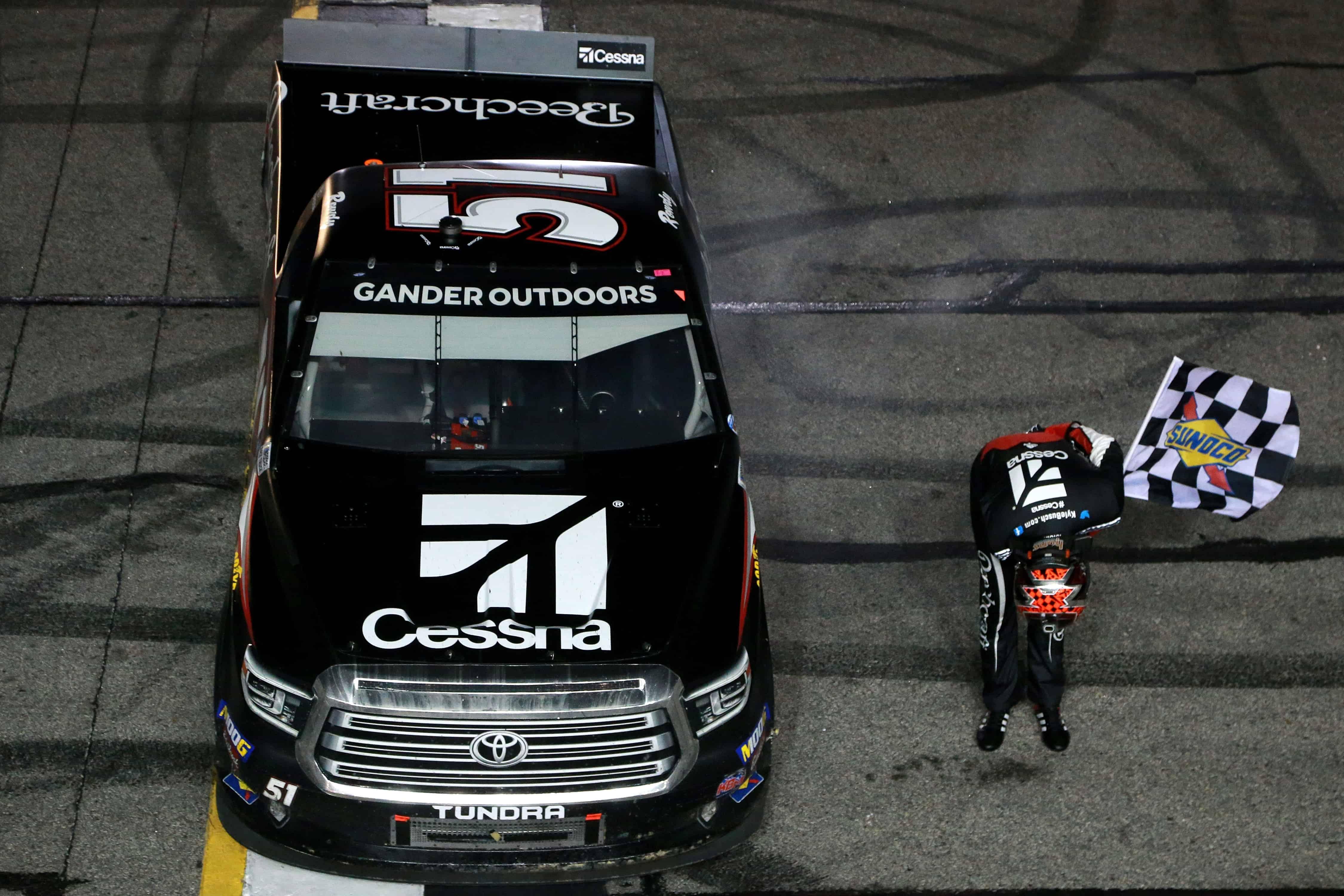 Kyle Busch wins at Atlanta Motor Speedway - NASCAR Truck Series win record