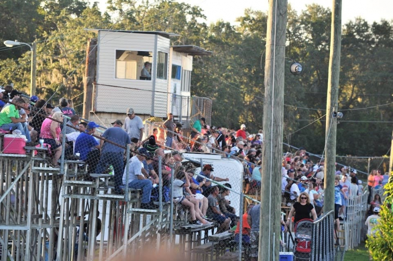North Florida Speedway - Dirt racing fans