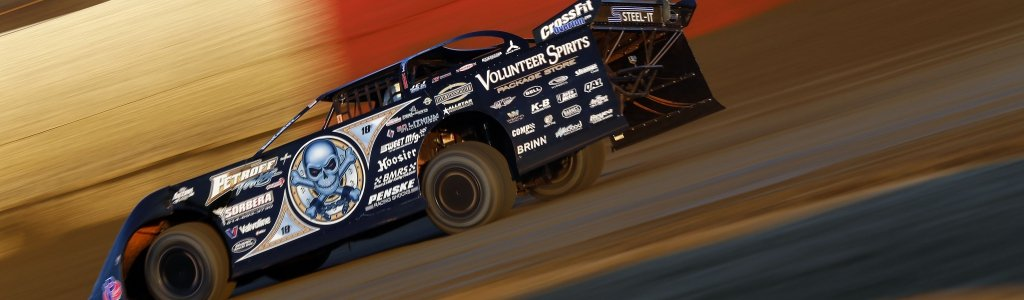 Scott Bloomquist and the team tear down the car 20 times per season