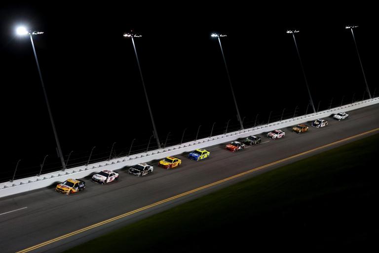 Tap lane in NASCAR race at Daytona International Speedway