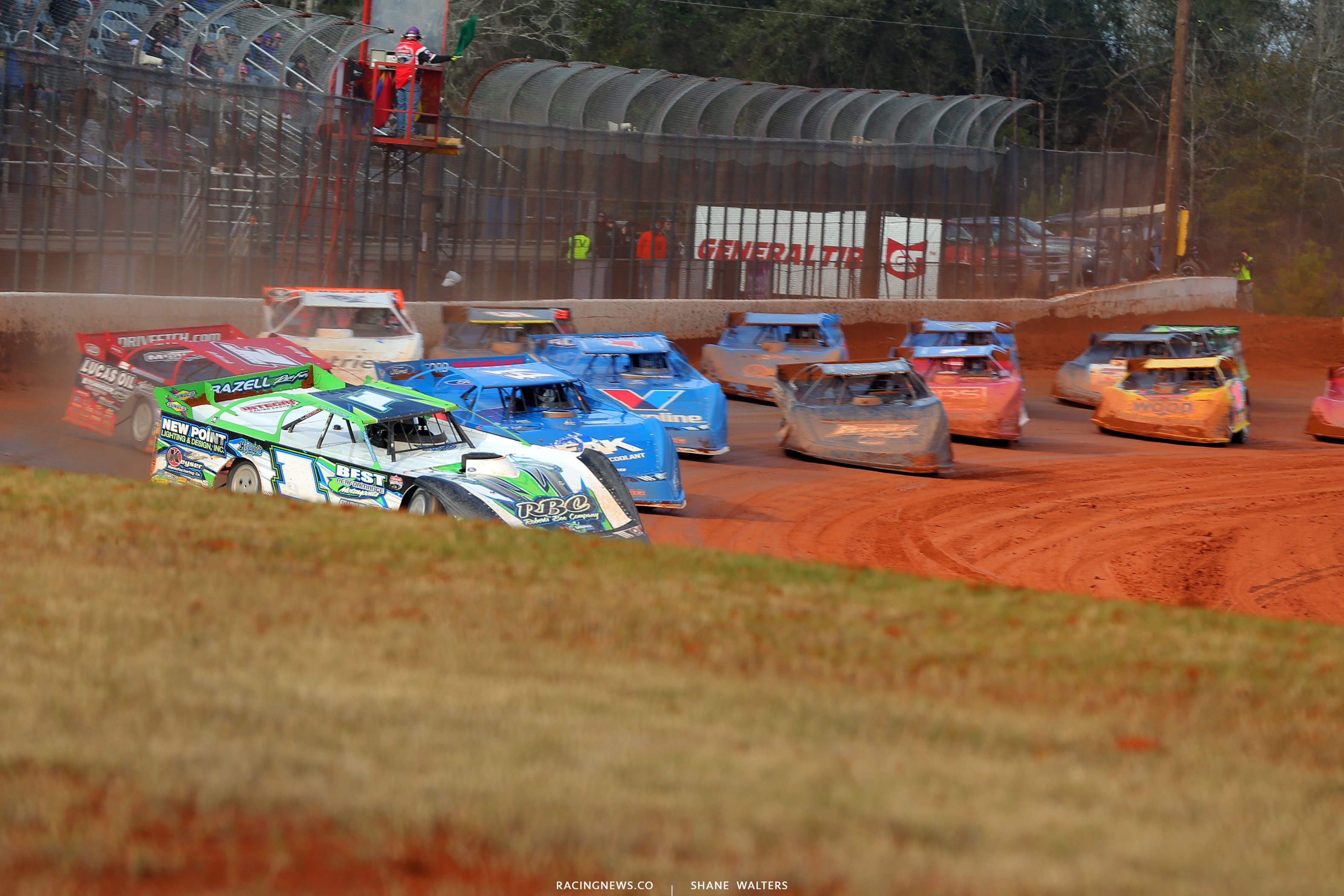 Tyler Erb leads the Lucas Oil Late Model field at Golden Isles Speedway 6199