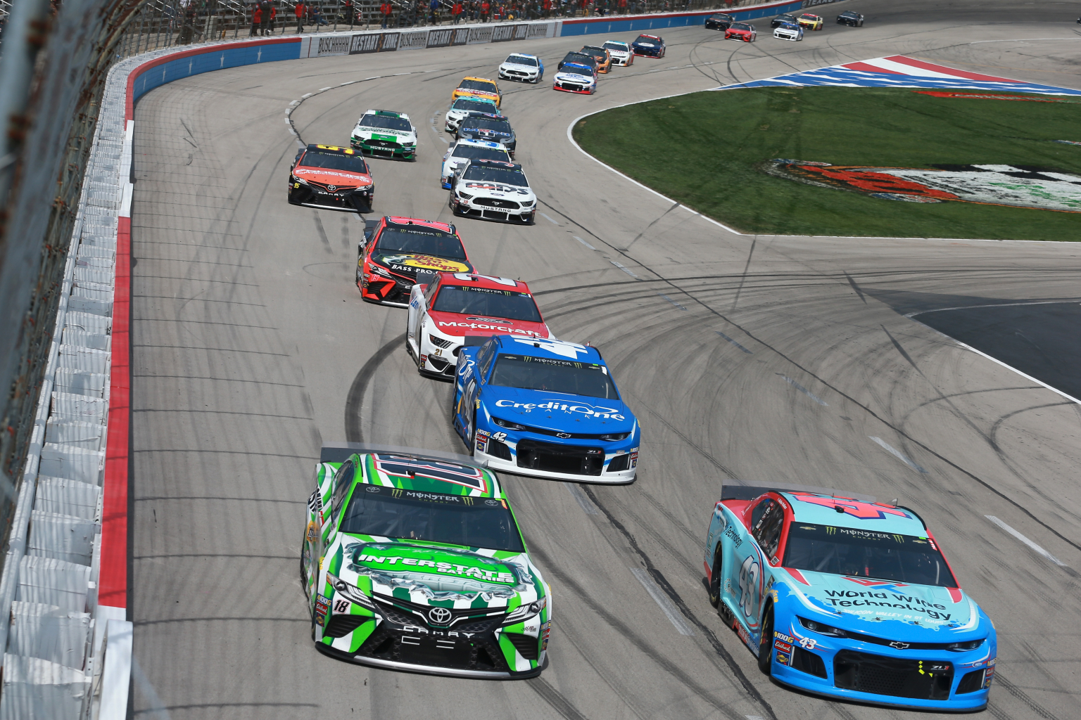 NASCAR green flag passes are up significantly in 2019 (Data)
