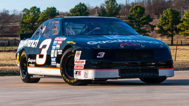 Dale Earnhardt Sr - NASCAR race car