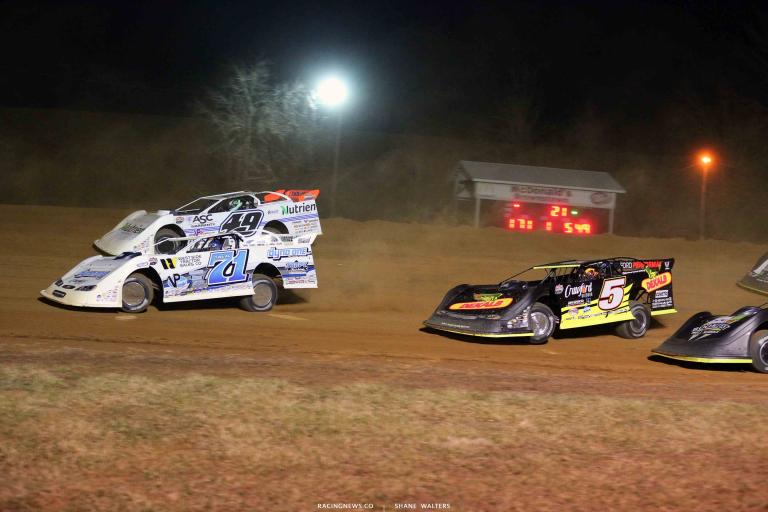 Hudson O'Neal, Jonathan Davenport, Don O'Neal at Brownstown Speedway 0882