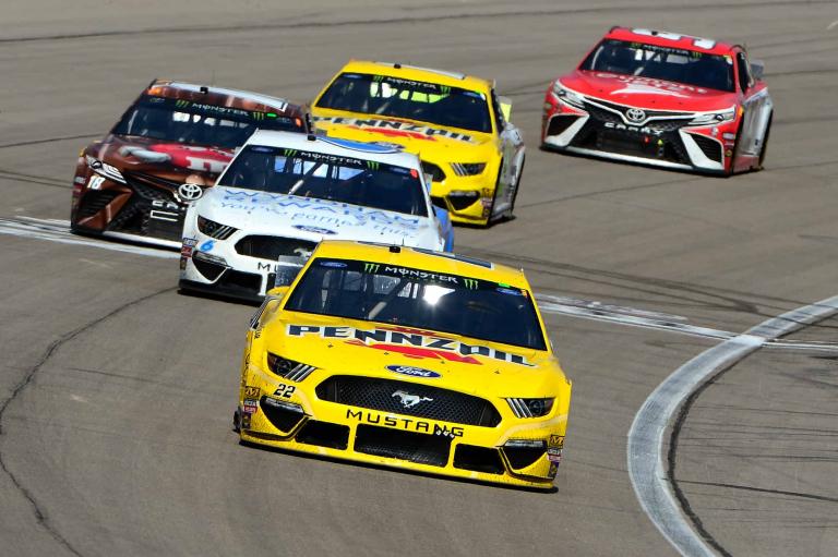 Joey Logano leads at Las Vegas Motor Speedway