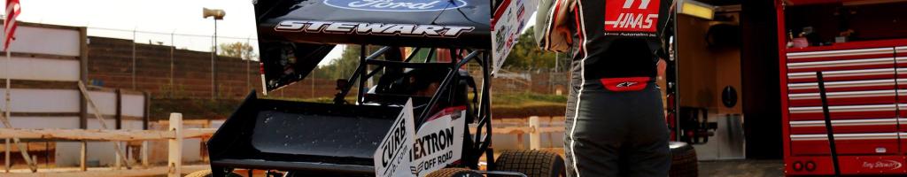 Dirt Racing on NETFLIX: F1 driver pilots Tony Stewart's dirt sprint car