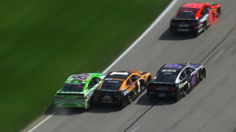 Kyle Busch, Kurt Busch, Kevin Harvick - Pass in the grass at Texas Motor Speedway - NASCAR