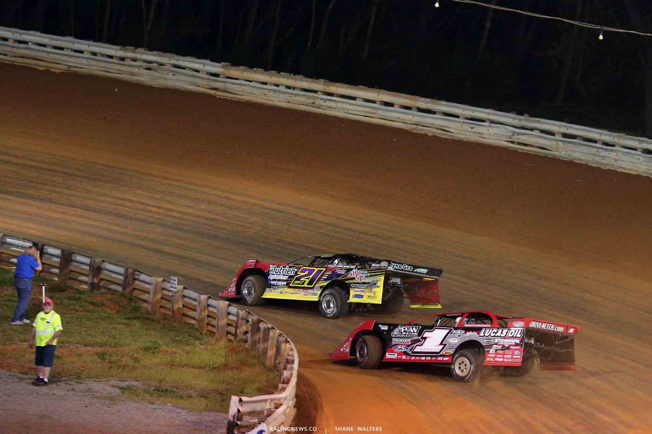 Billy Moyer Jr and Earl Pearson Jr at Hagerstown Speedway - Lucas Oil Late Models 2893