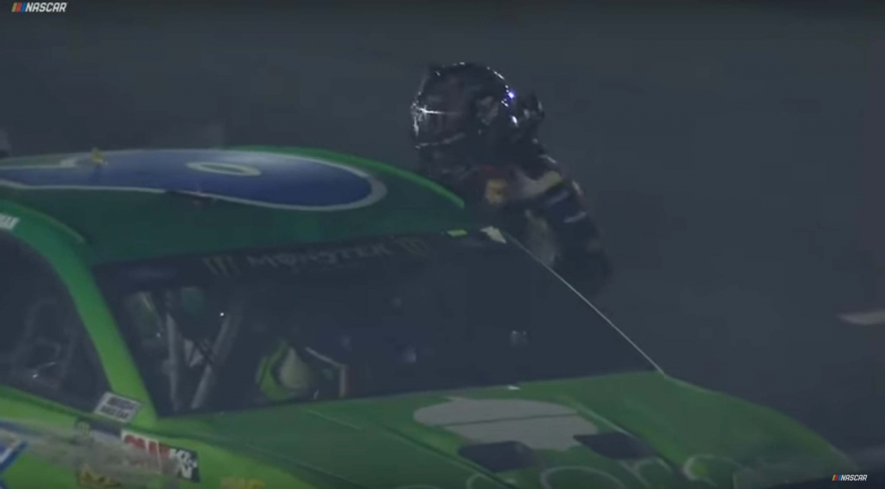 Clint Bowyer fights Ryan Newman after NASCAR race at Charlotte