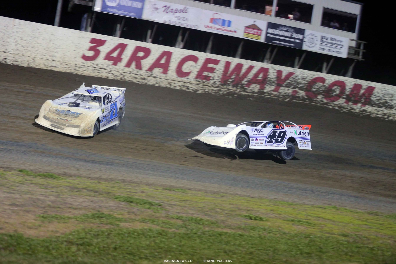 Hudson O'Neal and Jonathan Davenport at 34 Raceway - Lucas Oil Late Model Dirt Series 3532