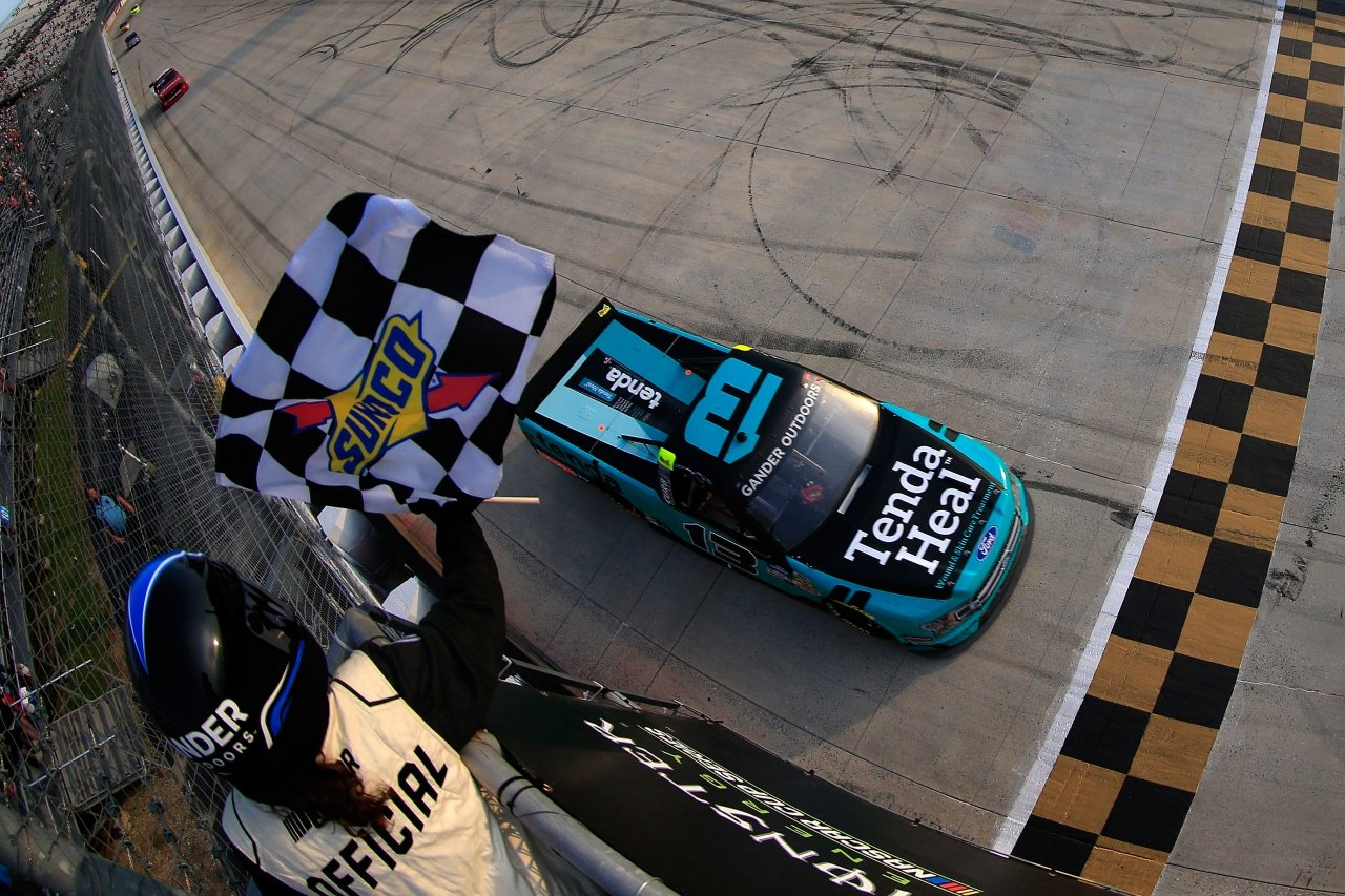 Johnny Sauter wins at Dover International Speedway