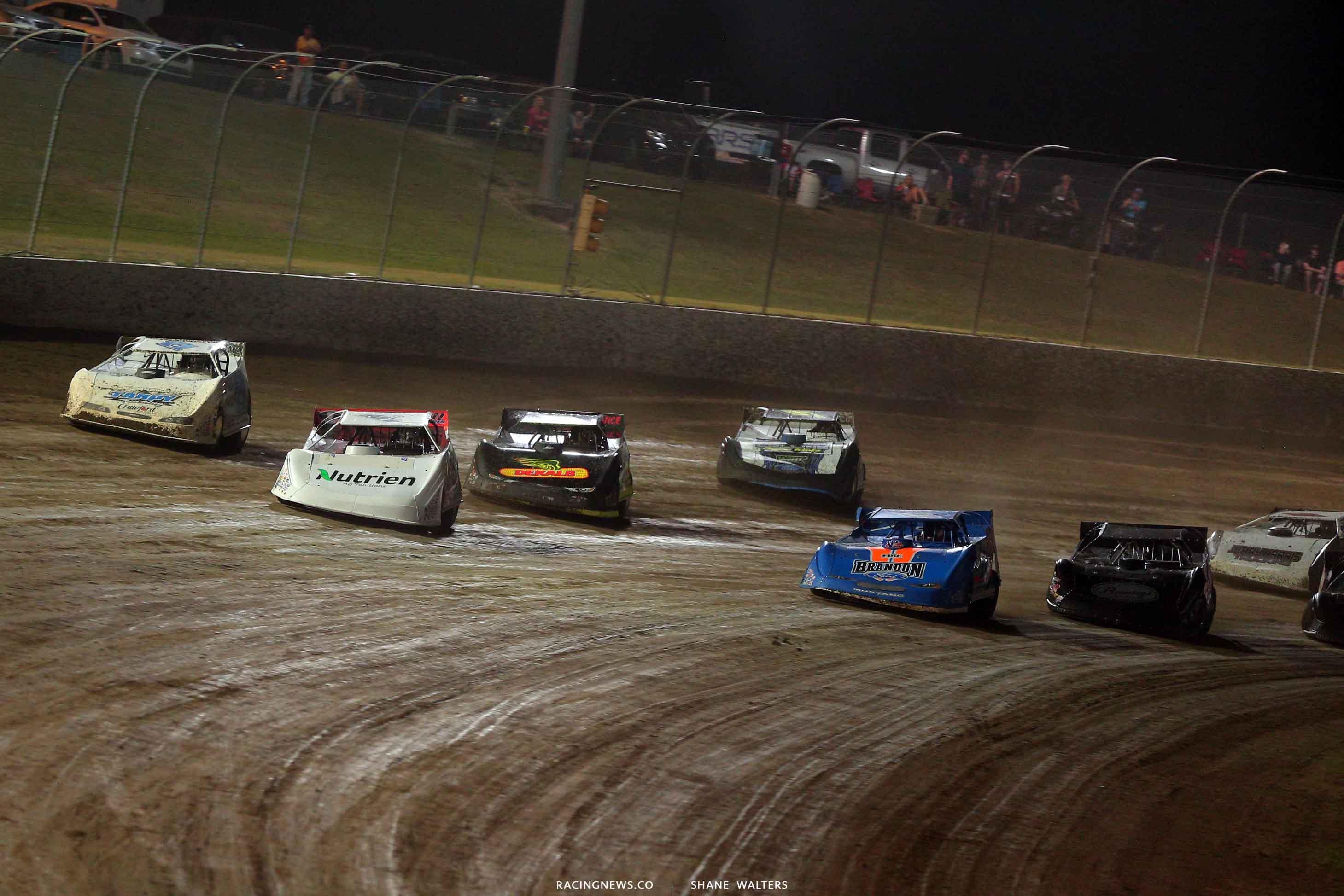 Jonathan Davenport, Kyle Bronson, Hudson O'Neal and Don O'Neal at Magnolia Motor Speedway - Lucas Dirt 4325