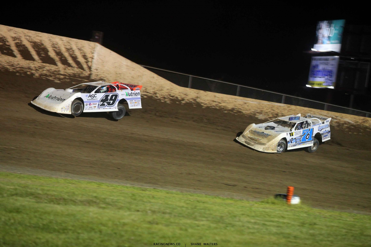 Jonathan Davenport and Hudson O'Neal at 34 Raceway - Lucas Oil Series 3447