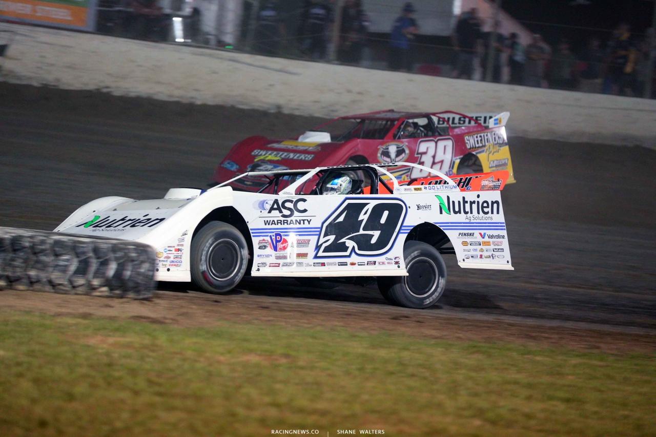 Jonathan Davenport and Tim McCreadie at Magnolia Motor Speedway 4472