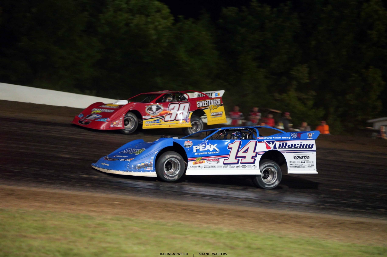 Josh Richards and Tim McCreadie at Magnolia Motor Speedway - Lucas Oil Late Models