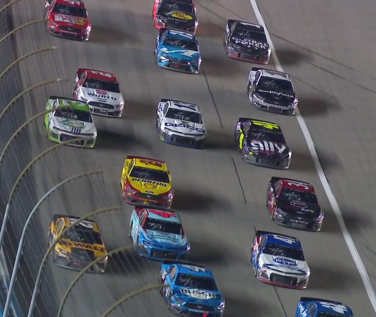 Kansas Speedway restart - NASCAR race