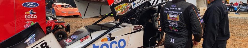 Tony Stewart punches nagging fan at dirt track (Video)