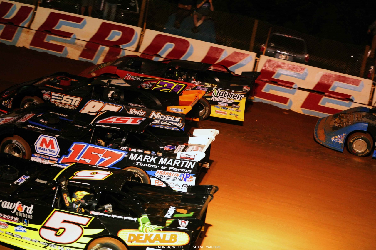 4 Wide salute at Cherokee Speedway 5667