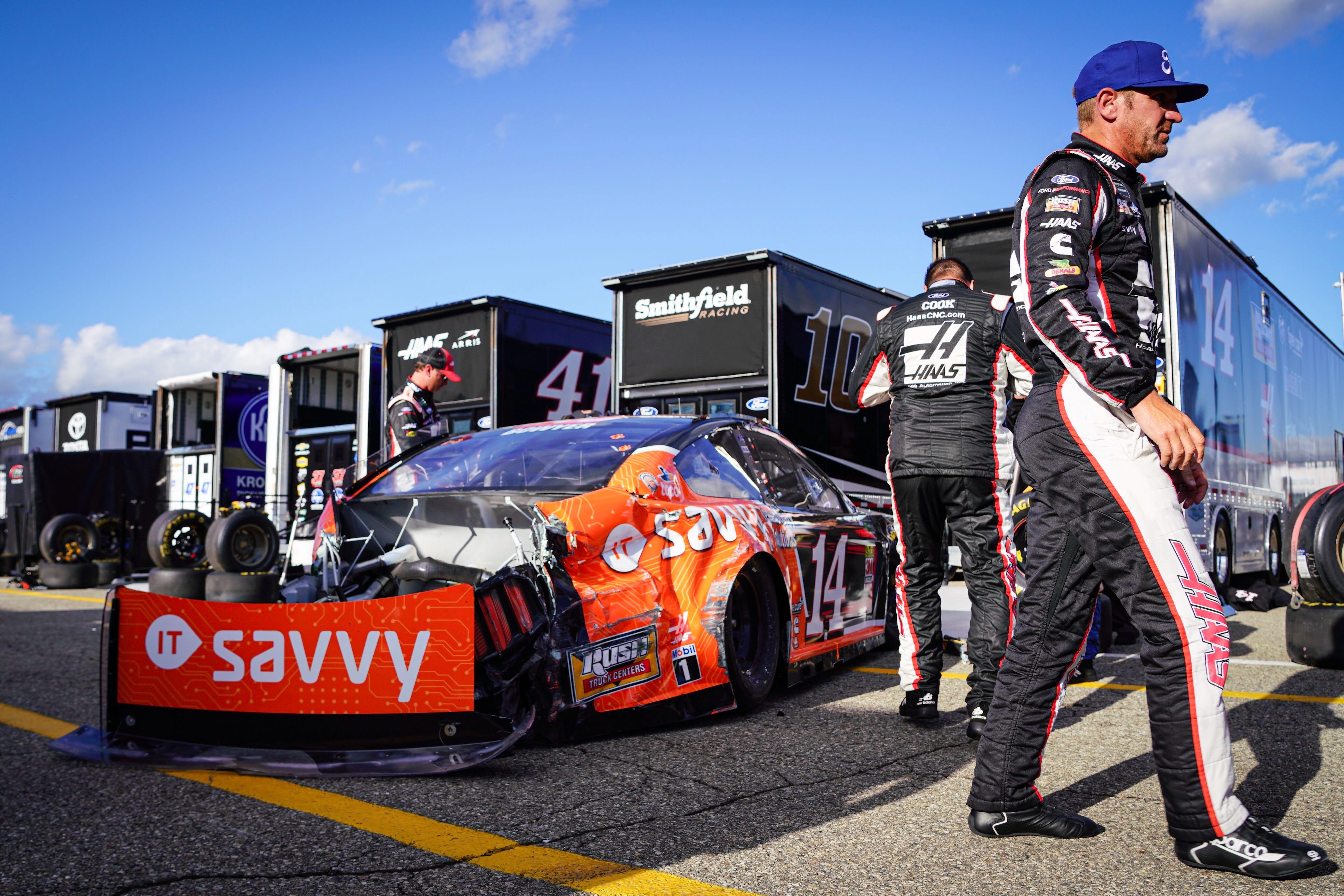 Clint Bowyer crashes at Michigan International Speedway