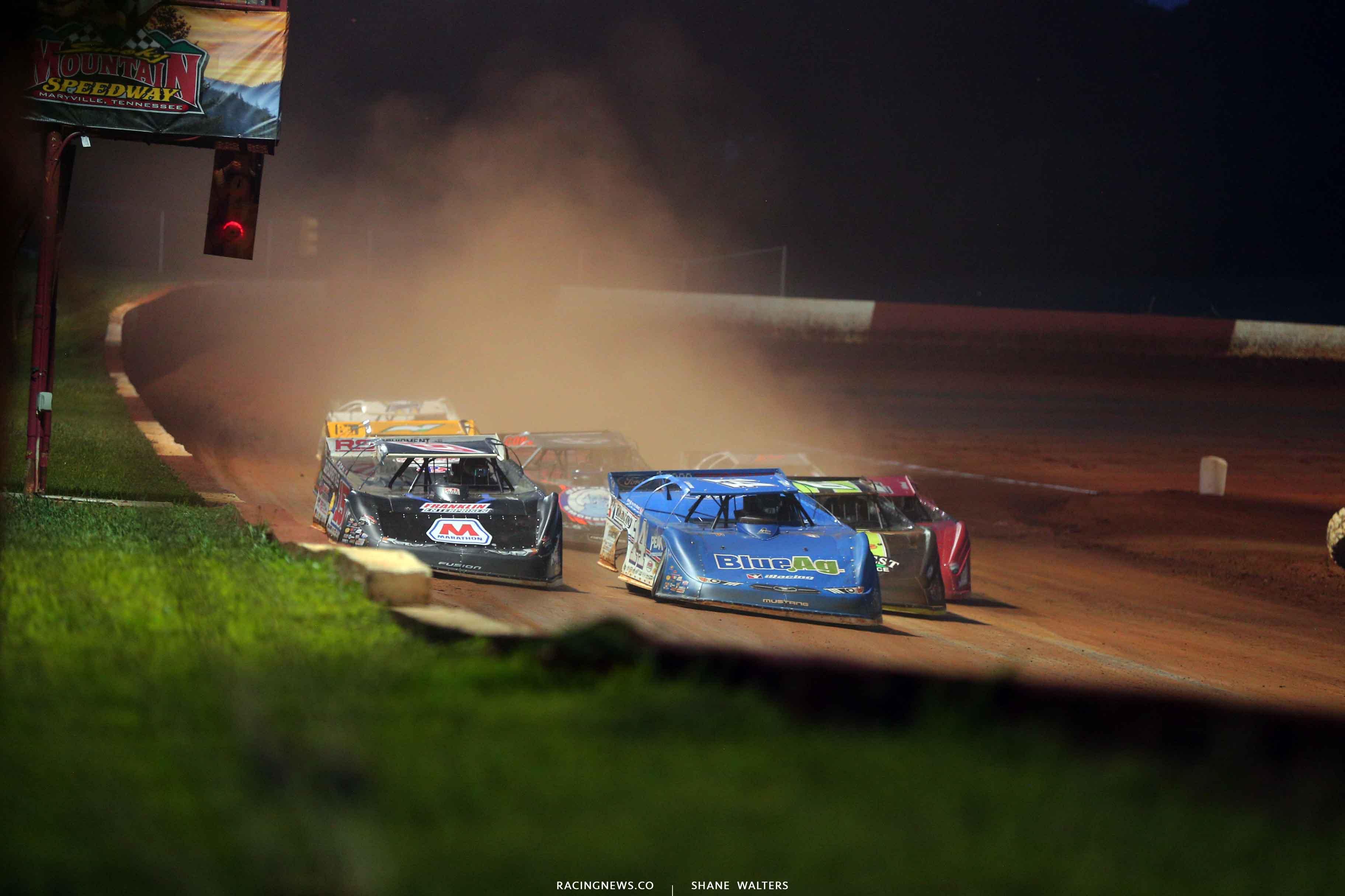 Josh Richards and Mike Marlar at Smoky Mountain Speedway - Lucas Dirt 5919