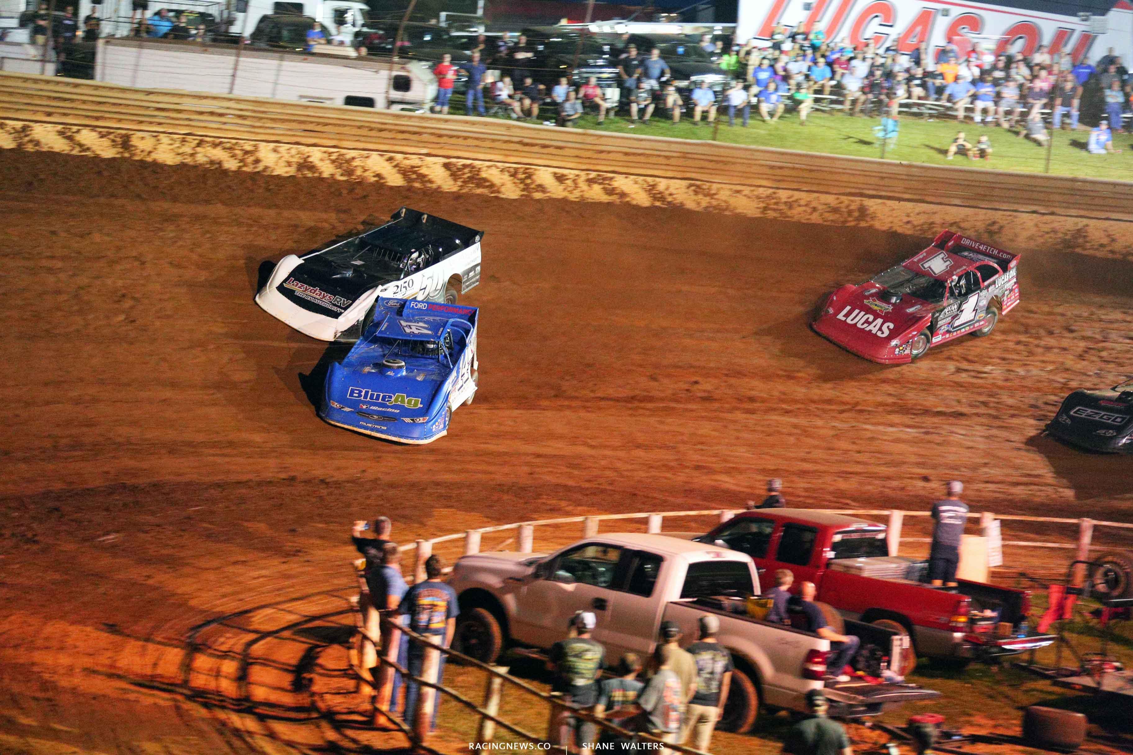 Josh Richards and Shanon Buckingham at Tazewell Speedway 6500