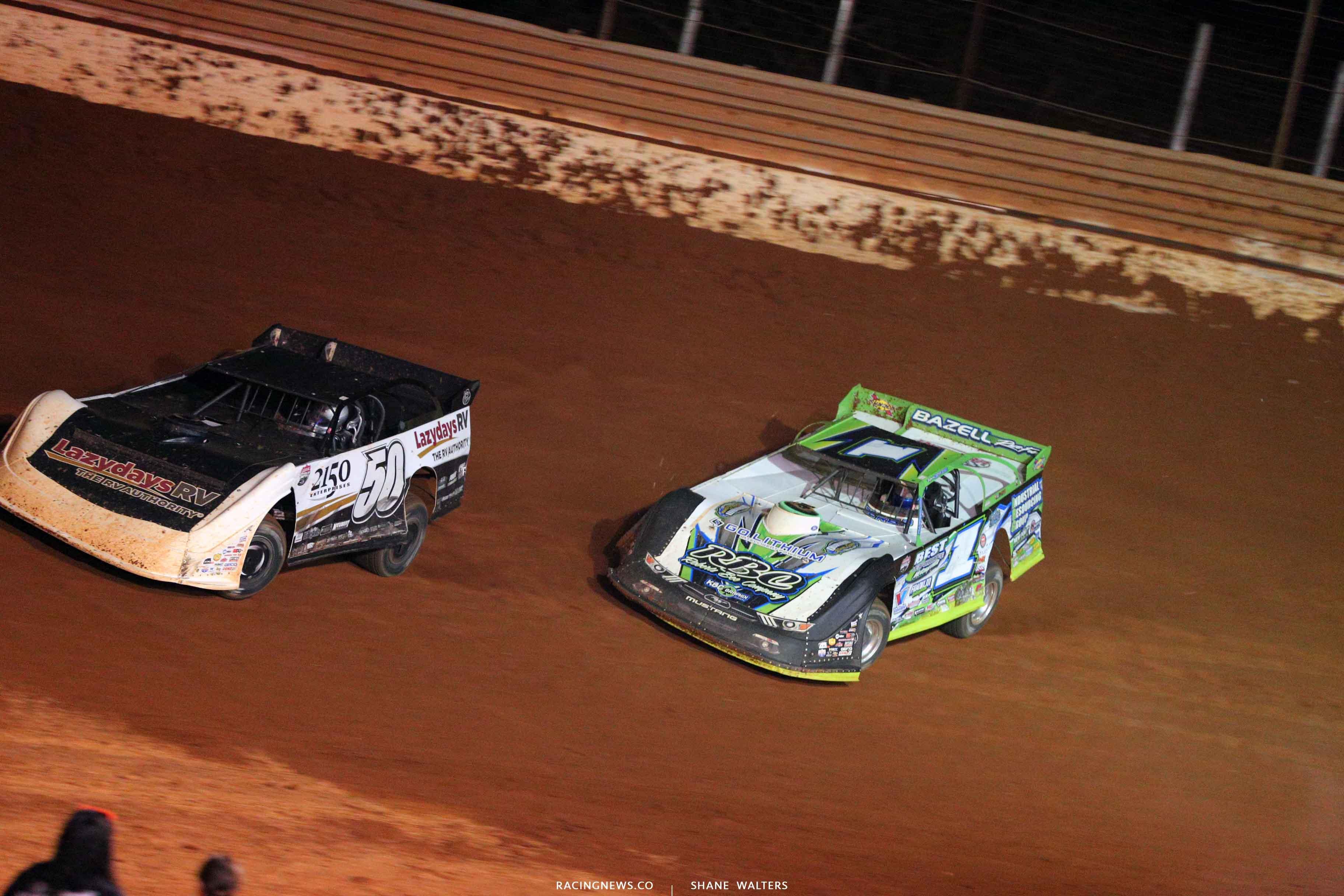 Shanon Buckingham and Josh Richards at Tazewell Speedway - LOLMDS 6590