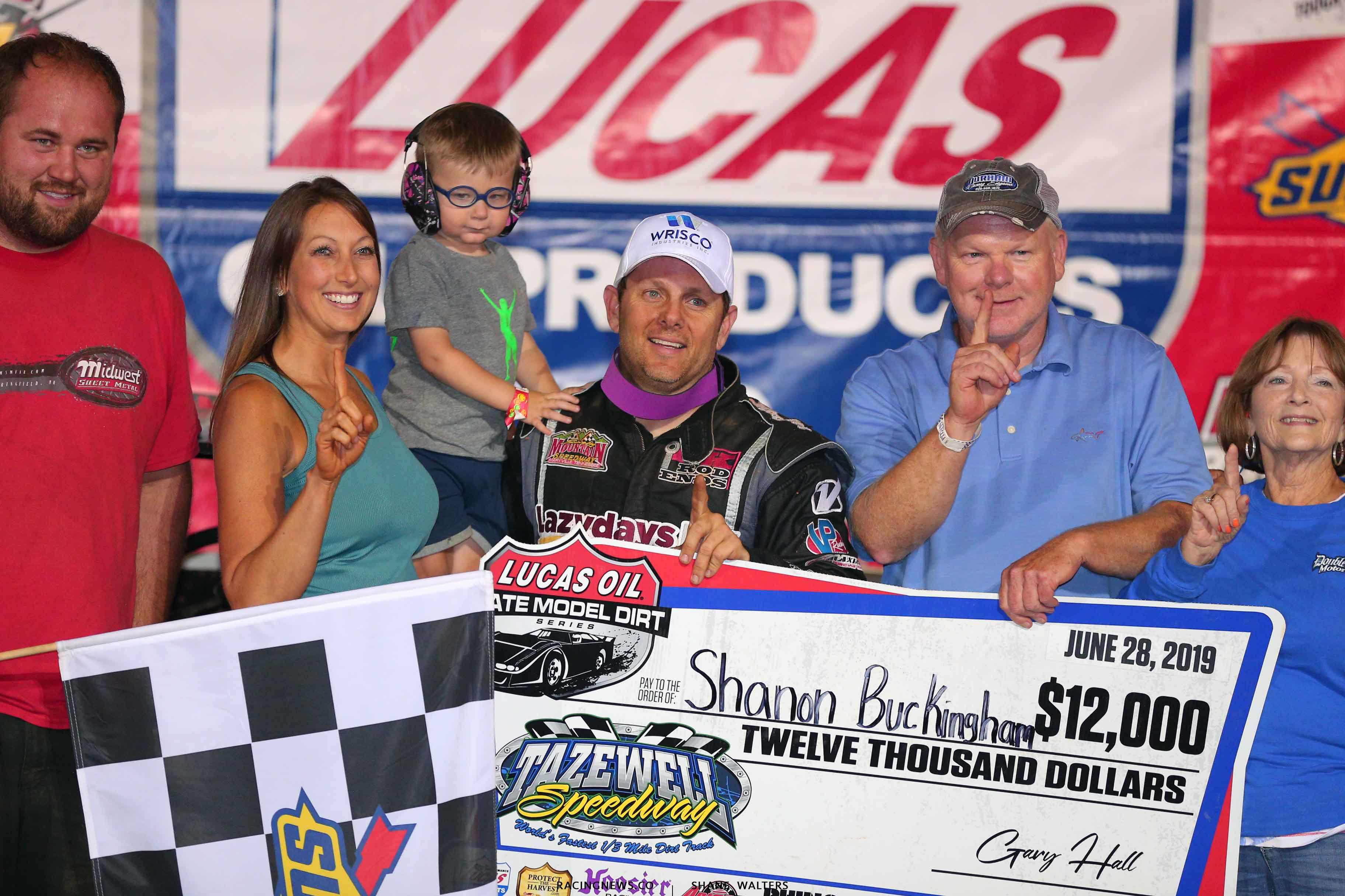 Shanon Buckingham and family in victory lane at Tazewell Speedway 6752