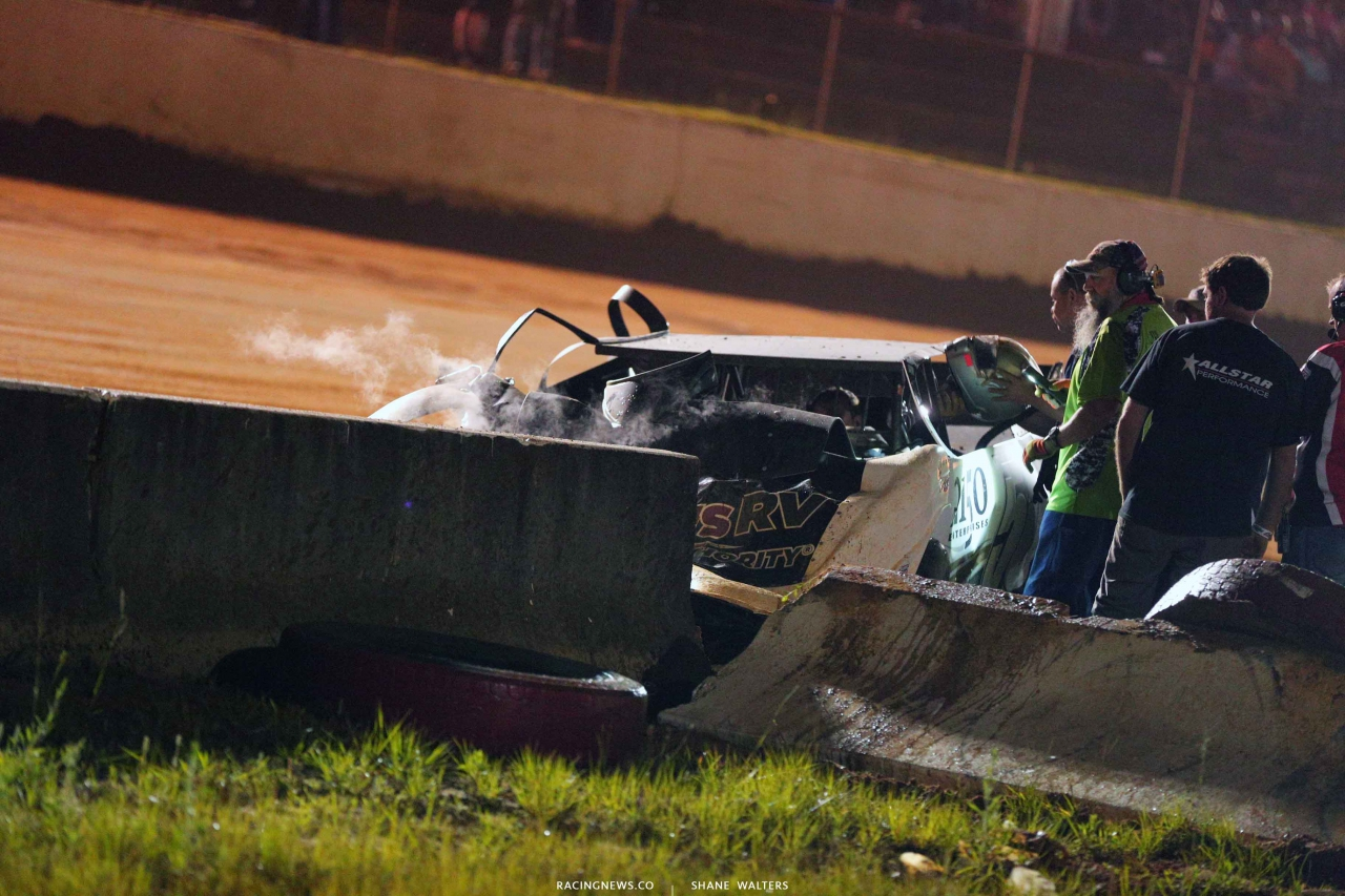 Shanon Buckingham crashes at Fayetteville Motor Speedway 5259