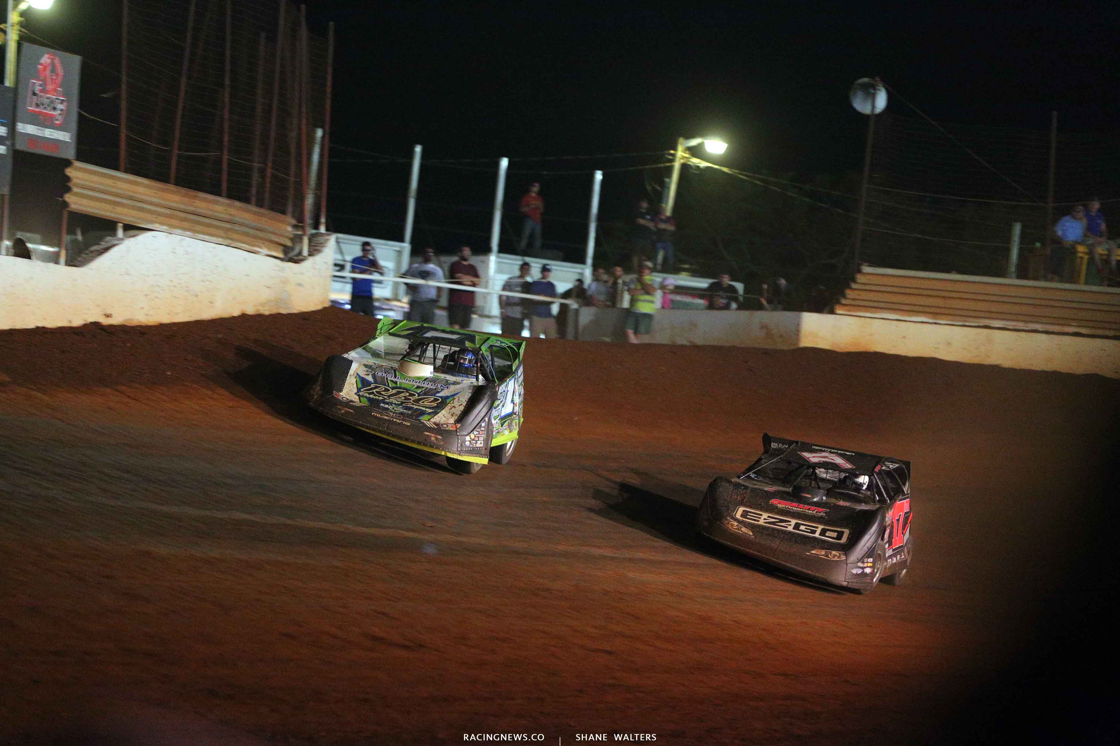 Tyler Erb and Dale McDowell at Tazewell Speedway 6667