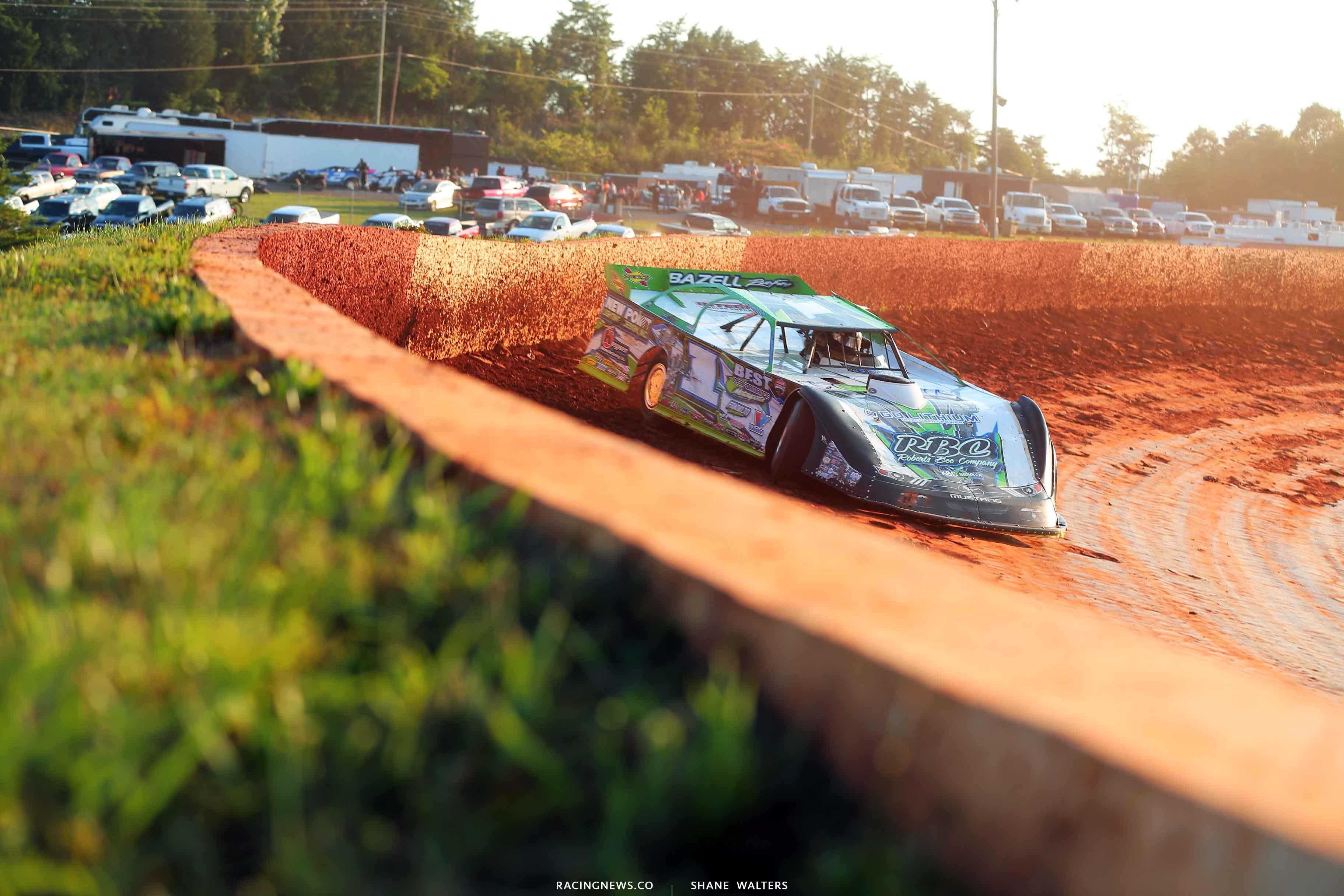 Tyler Erb at Smoky Mountain Speedway 5865