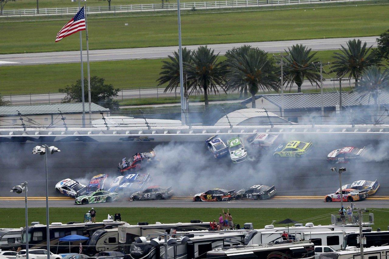 Big crash at Daytona International Speedway