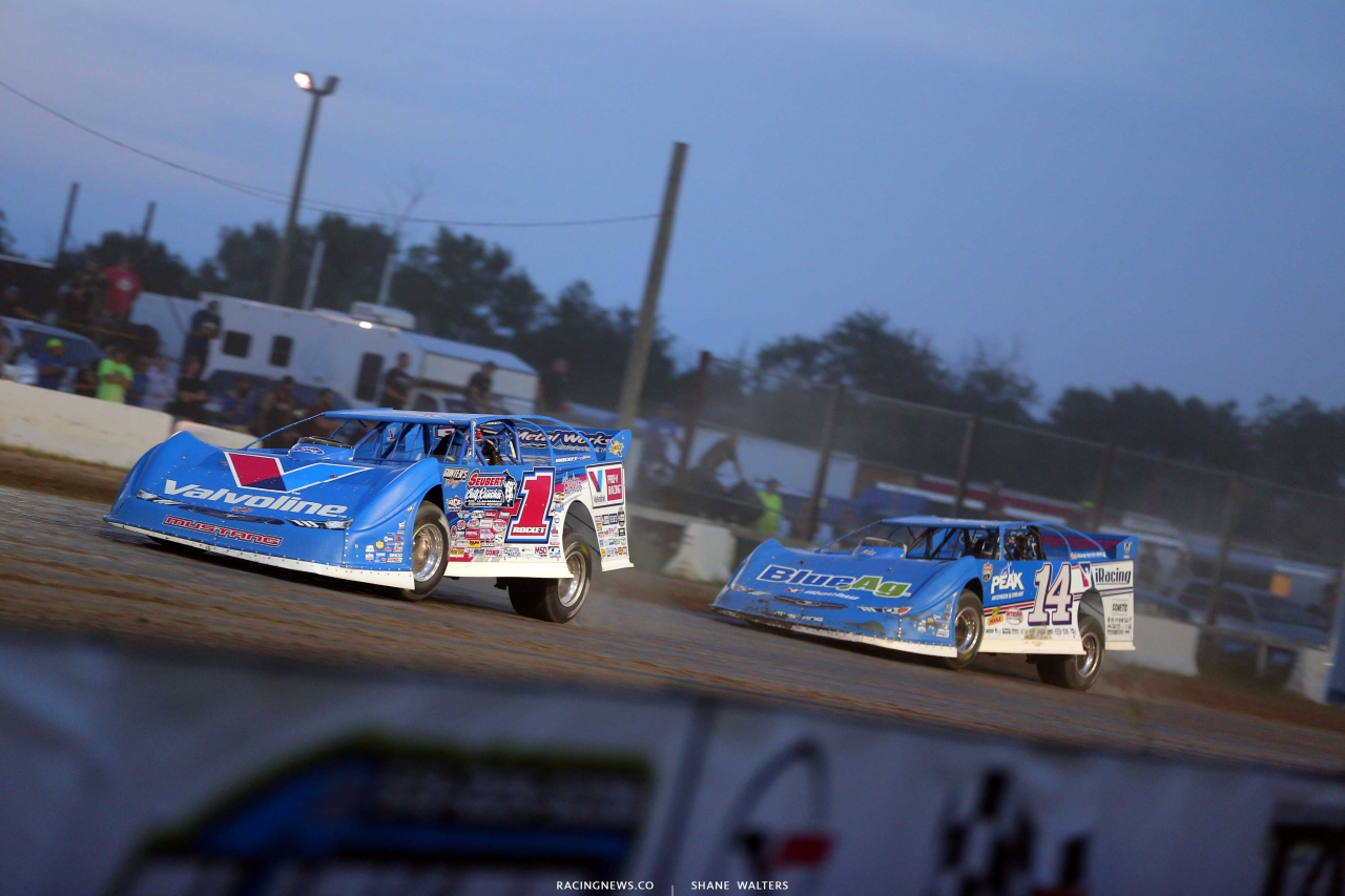 Brandon Sheppard and Josh Richards at Brown County Speedway - Lucas Dirt 1408