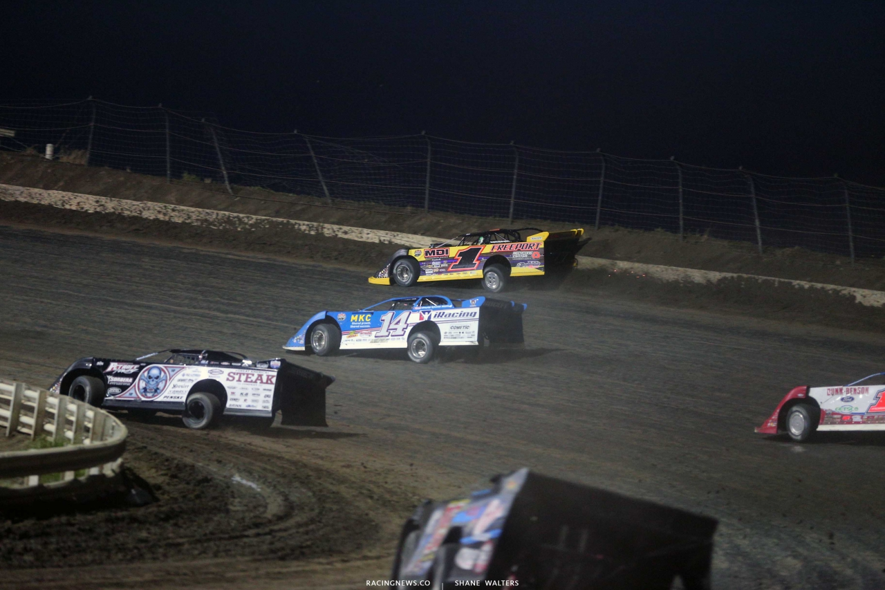 Chad Simpson, Josh Richards and Scott Bloomquist in the Silver Dollar Nationals at I-80 Speedway 2573