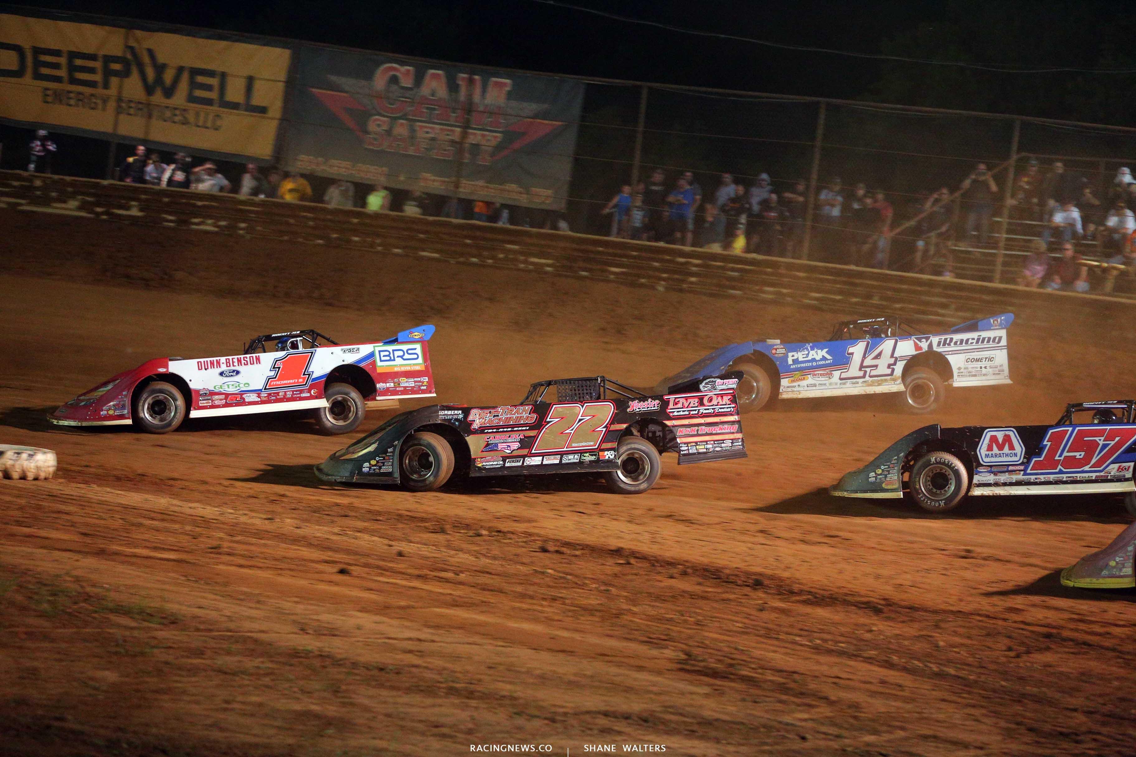 Devin Moran, Josh Richards and Chris Ferguson at Tyler County Speedway - Lucas Oil Dirt Series 8113