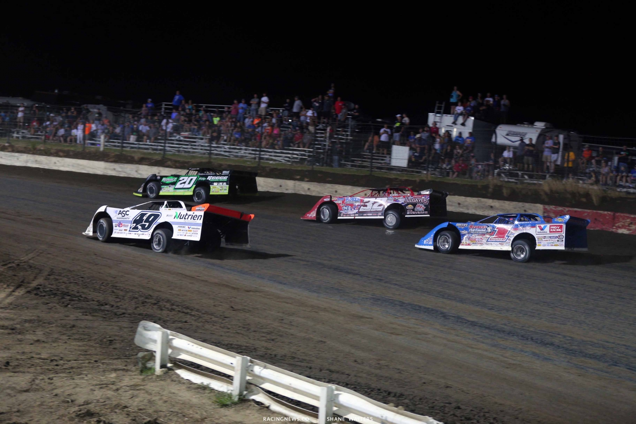 Jimmy Owens, Jonathan Davenport, Bobby Pierce and Brandon Sheppard in the Silver Dollar Nationals at I-80 Speedway 2812