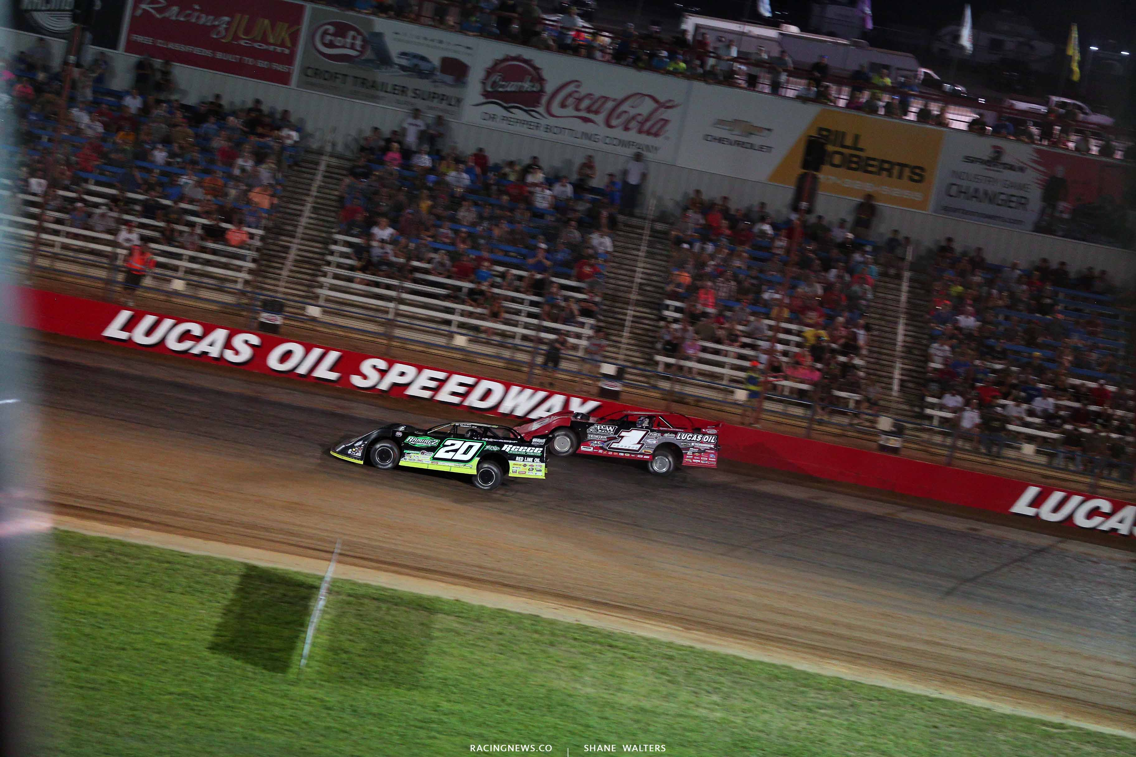 Jimmy Owens and Earl Pearson Jr at Lucas Oil Speedway - LOLMDS 0229