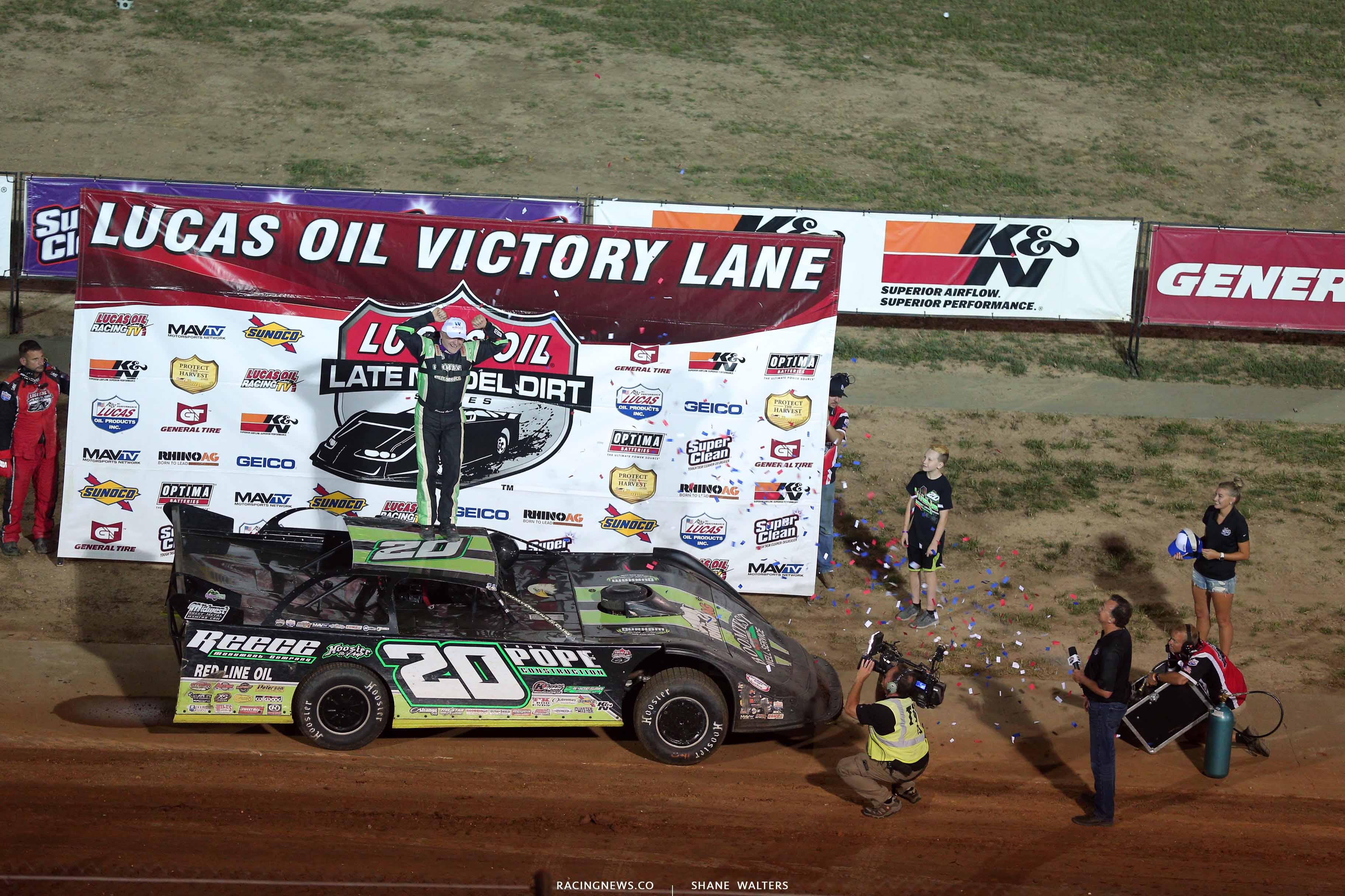 Jimmy Owens in Lucas Oil Victory Lane 0290