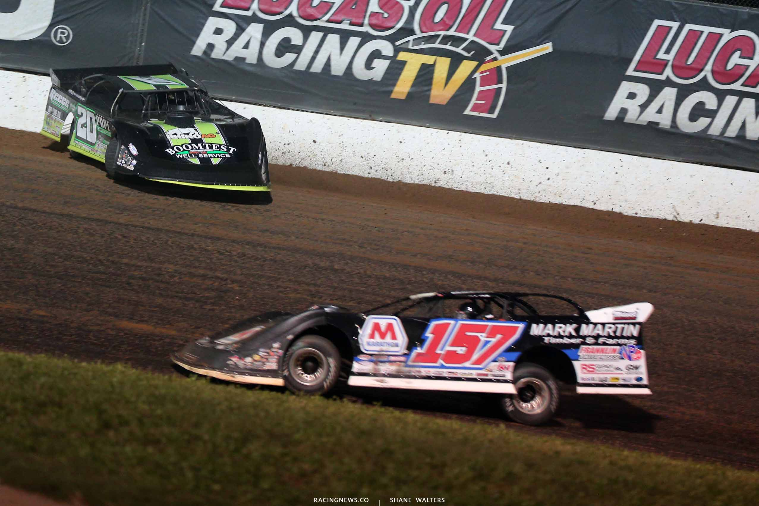 Jimmy Owens spins at Lucas Oil Speedway 0753