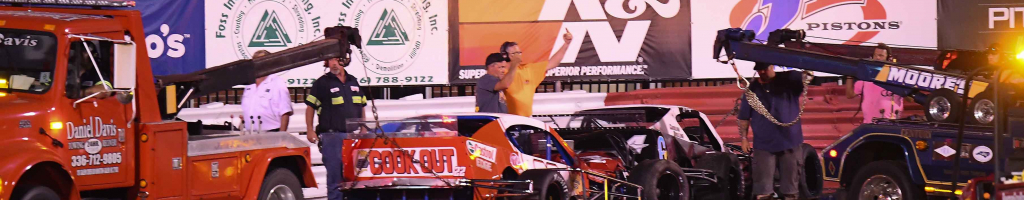 Bowman Gray Stadium turns into demo derby of mad modified drivers (Video)