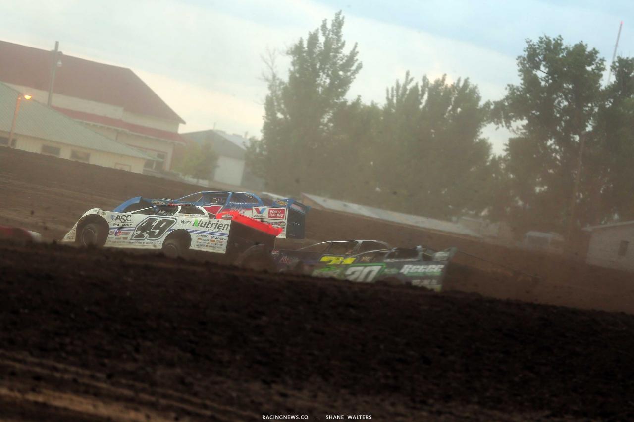 Jonathan Davenport and Brandon Sheppard at Brown County Speedway - LOLMDS 1247