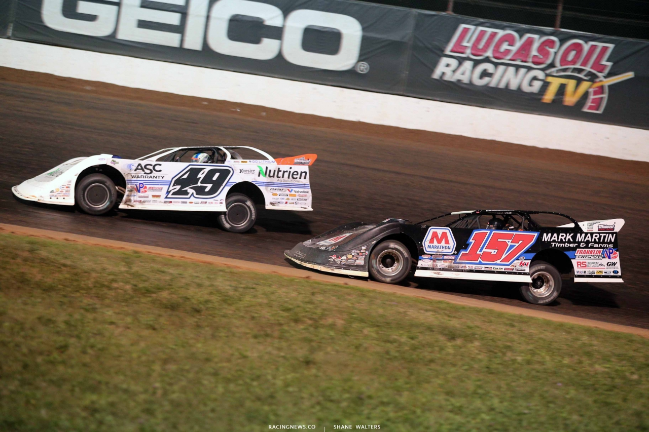 Jonathan Davenport and Mike Marlar at Lucas Oil Speedway 0836