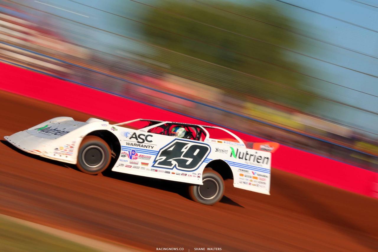 Jonathan Davenport at Lucas Oil Speedway - LOLMDS 9837