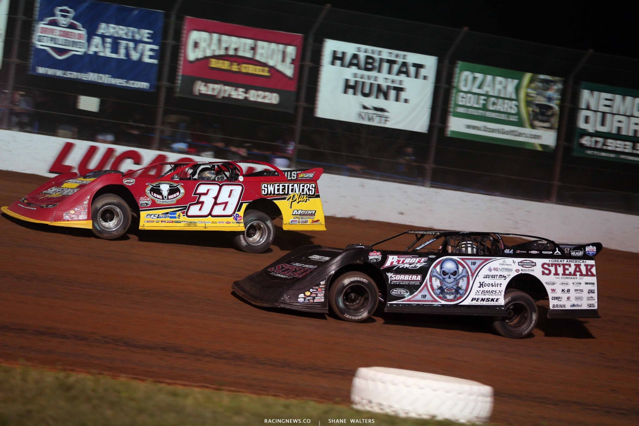 Tim McCreadie and Scott Bloomquist at Lucas Oil Speedway - Lucas Oil Late Models 0703