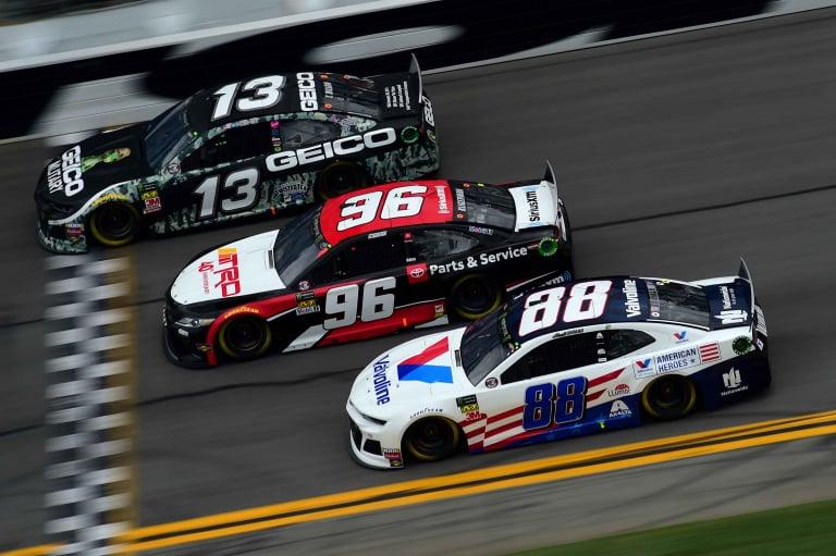 Ty Dillon, Parker Kligerman y Alex Bowman en el Daytona International Speedway - NASCAR