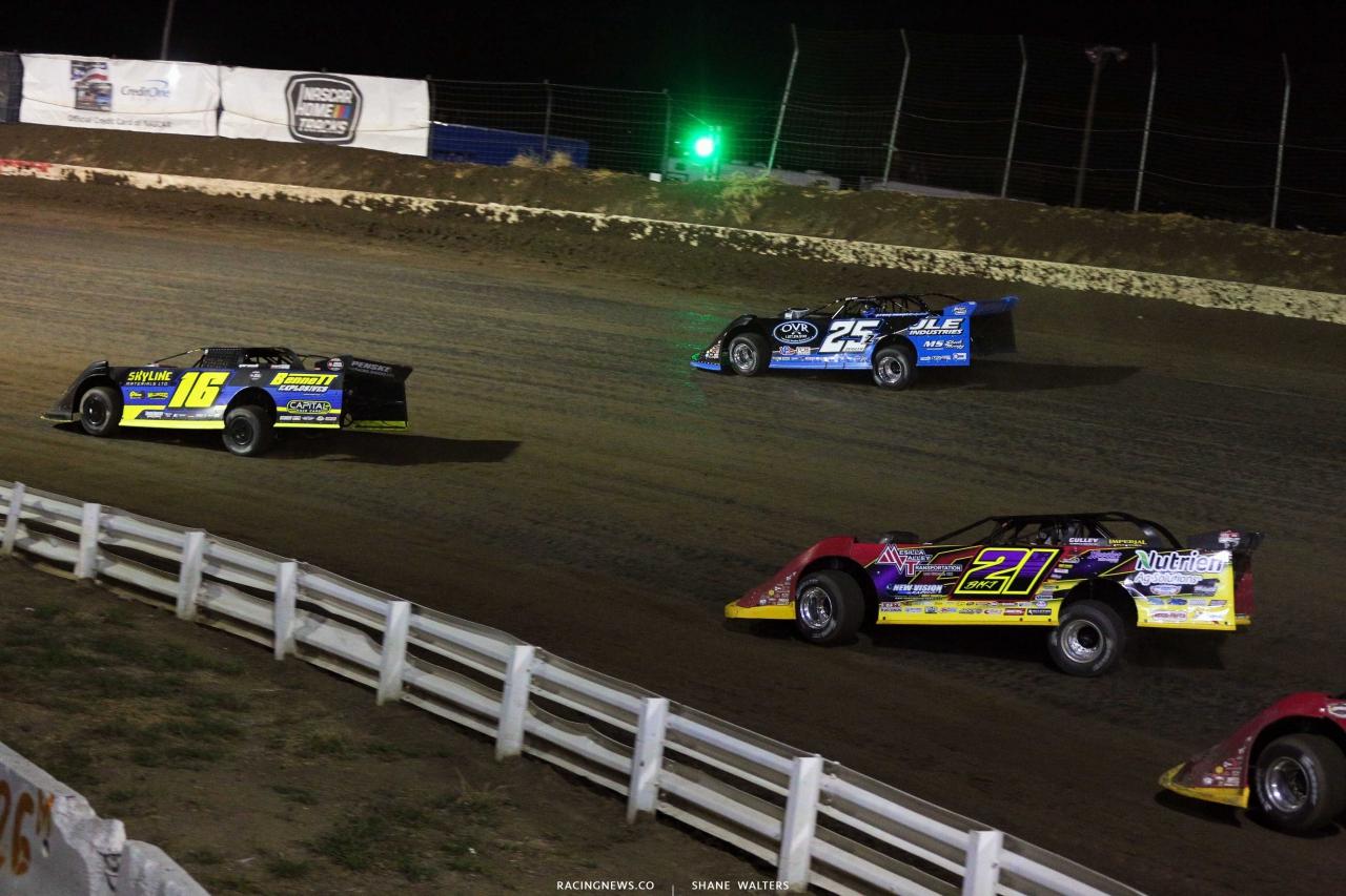 Tyler Bruening, Mason Zeigler and Billy Moyer Jr at I-80 Speedway - LOLMDS 2158