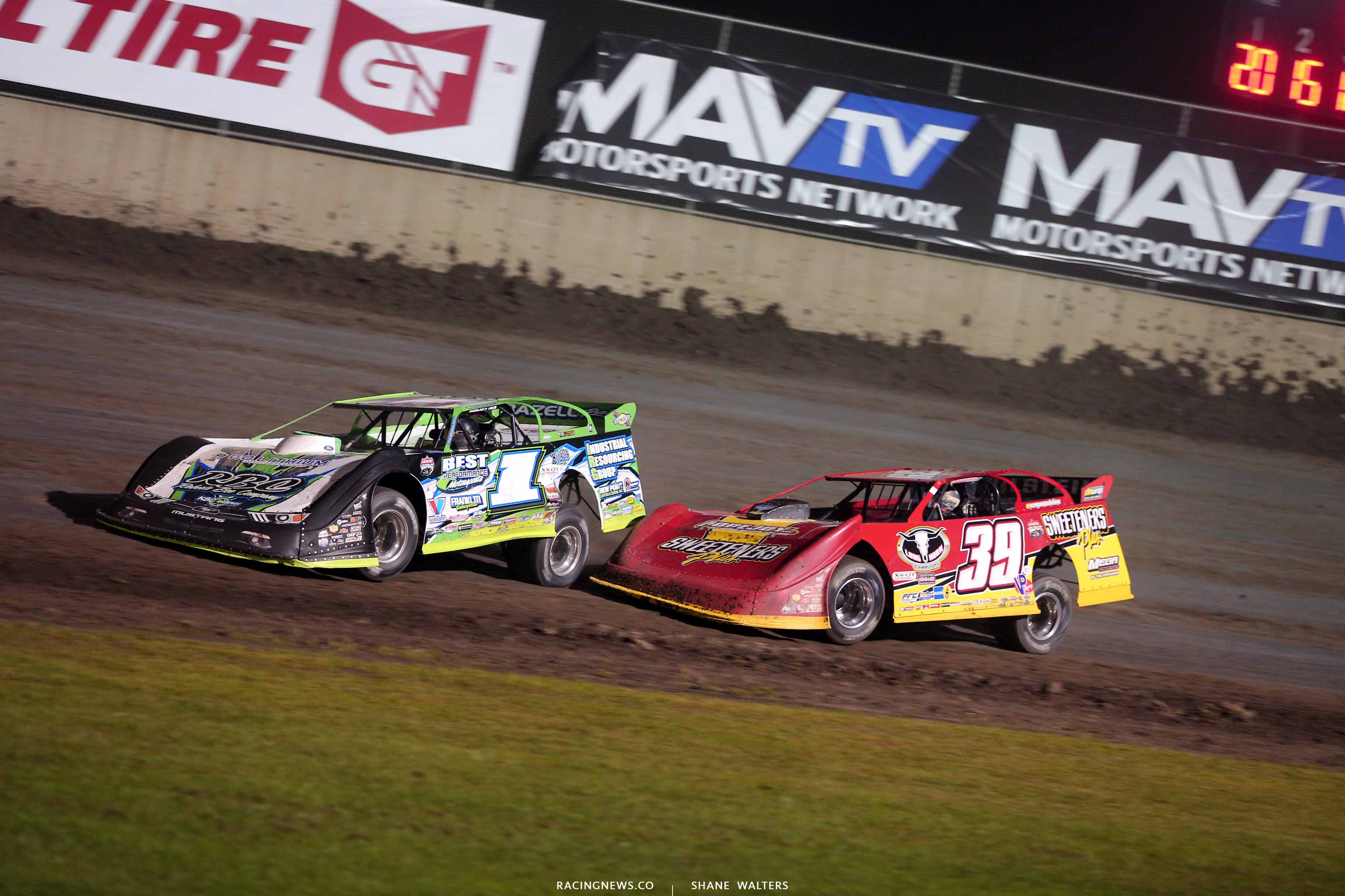 Tyler Erb and Tim McCreadie at Tri-City Speedway - Lucas Oil Late Model 8651
